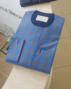 No photo description available. African Wear Styles For Men, African Shirts For Men, African Dresses Men, African Attire For Men, African Clothing For Men, Nigerian Men Fashion, African Print Fashion, Fleece Lined Flannel Shirt, Costume Africain
