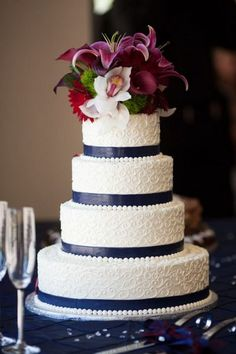 Cake Ideatoo Over The Top With Flowers But I Love Navy Blue Wedding