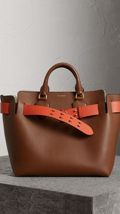 Sac The Belt moyen en cuir (Hâle) - Femme | Burberry