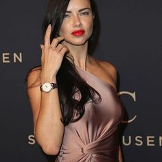 @adrianalima looked gorgeous on last night's #IWC Schaffhausen gala dinner wearing champagne 'Denise' gown from @cushnieetochs #CeOSS17 collection!  #adrianalima #schaffhausen #gala | Review by @isabeljarnstrom