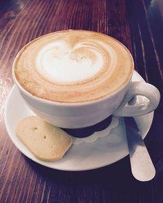 Red cappuccino shot. #watch#mensfashion#gentleman#swag#style#modern#dapper#men#bracelet#tie#suit#stuff#thingstowear#accessories#fashion#wiwt#fashionblogger#blog#southafrica#johannesburg#thecirclebox#happysocks#formal#zomato