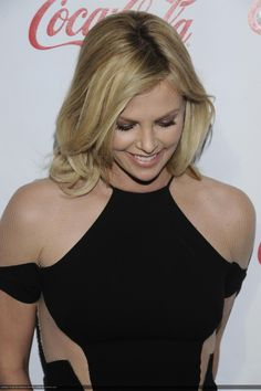 Last additions - 132 - Charlize Theron Central // Photo Gallery