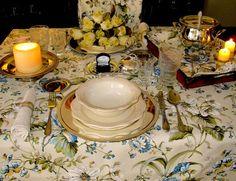 Manteles de panamá con tratamiento de teflón en flores inglesas.
