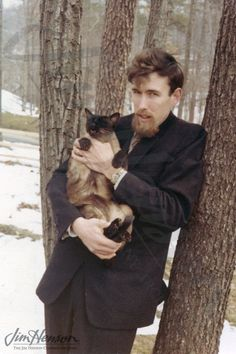 The Muppets' creator, Jim Henson and his cat. Aww!