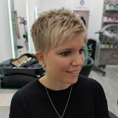 Today we have the most stylish 86 Cute Short Pixie Haircuts. We claim that you have never seen such elegant and eye-catching short hairstyles before. Pixie haircut, of course, offers a lot of options for the hair of the ladies'… Continue Reading → Super Short Hair, Short Grey Hair, Short Hair Cuts For Women, Short Hair Styles, Short Pixie Haircuts, Pixie Hairstyles, Straight Hairstyles, Cool Hairstyles, Pixie Haircut Thin Hair