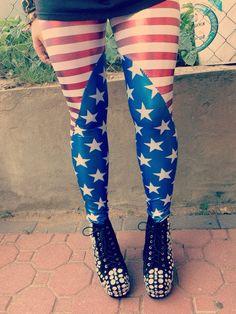 High+waist+metallic/glitter+American+flag+leggings.    These+leggings+truly+are+one+of+a+kind+and+the+perfect+piece+of+clothing+to+rock+at+a+summer+BBQ,+music+festival,+or+night+on+the+town.+    Handmade+and+designed+by+me  Plus+sizing+available+
