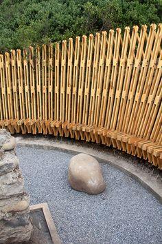 Memorial El Litre, Comuna de Romeral, Chile - Matías Leyton - foto: Matías Leyton, Antonieta López