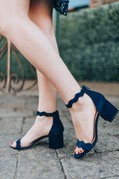 Navy Scalloped Sandals - #zapatosdemujer #zapatosmujer #zapatos #de #mujer