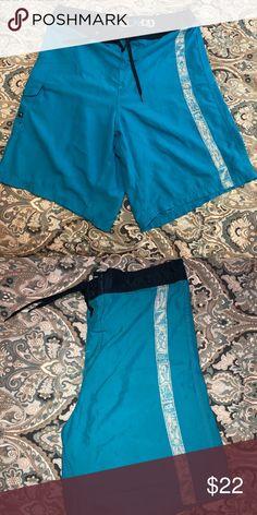 ca747f36eaace SALT LIFE 🌊 Men s board shorts XL Men s blue Salt Life HD board shorts XL