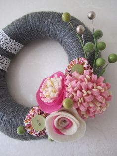 Gray Yarn Wreath with Pink Felt Flowers and Lace