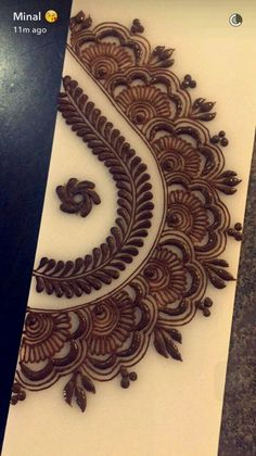 Jolie motifs Arabic Henna Designs, Henna Designs Easy, Unique Mehndi Designs, Latest Mehndi Designs, Beautiful Mehndi Design, Henna Tattoo Designs, Henna Art, Mehndi Art, Mehendi