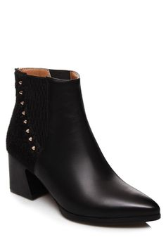 Rivet Pointed Toe Splicing Ankle Boots