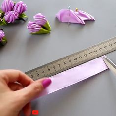 Diy Lace Ribbon Flowers, Paper Flowers Craft, Ribbon Art, Diy Ribbon, Ribbon Crafts, Flower Crafts, Fabric Flowers, Ribbon Embroidery Tutorial, Fabric Flower Tutorial