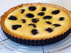Siken luumupiiras on ihana herkku jouluiseen kahvipöytään - Ajankohtaista - Ilta-Sanomat Muffin, Gluten Free, Pie, Baking, Breakfast, Desserts, Food, Glutenfree, Torte