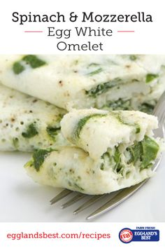 Looking for a quick and easy breakfast? Try EB's Spinach & Mozzarella Egg White omelet today. #Breakfast #EgglandsBest #EggWhites