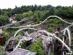 Nemesis, Alton Towers - arguably the best Bolliger & Mabillard invert in the world Roller Coasters, Alton Towers Rides, Thorpe Park, All Ride, Water Slides, Abandoned Places, Places To Visit, Around The Worlds, Parks