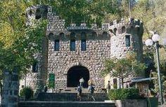 estacion del funicular en el cerro san cristobal. Une la cumbre con acceso Pio Nono