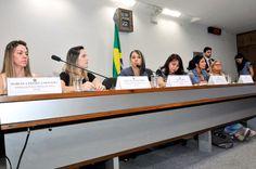 Mulheres cobram punição para policiais envolvidos em casos de assédio