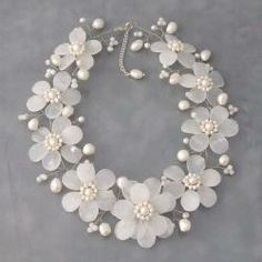 Silver Quartz and Freshwater Pearl Necklace (3-10 mm) (Thailand)