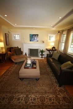 Help a (Clueless) Guy Decorate his Small 1930s Living Room - Home Decorating & Design Forum - GardenWeb
