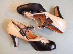 Vintage 1920 1930 Art deco deux tons tan et noir shelby danse talons chaussures découpe détail gatsby du centre Abbaye / / U.S. 6.5