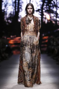 Alberta Ferretti Fall 2015- not sure how this would look in everyday life but here it is magical