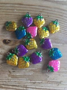 15 X ENAMEL CHARMS METAL STRAWBERRIES 15 X 12 X 4mm Various Colours Fruit  | eBay