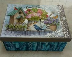 Decoupage Box, Decoupage Vintage, Large Rabbits, Boxes And Bows, Altered Boxes, Painted Boxes, Wood Boxes, Chalk Paint, Painted Furniture