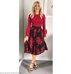 Rock a red jumper from Karen Millen like Holly #DailyMail