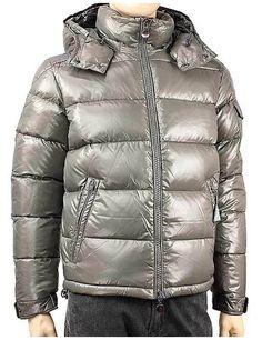 Moncler - Abbigliamento - Giubbotti - Uomo - 403660568950916 - FASHIONQUEEN.NET    #Moncler #Duvet #Fashionqueen