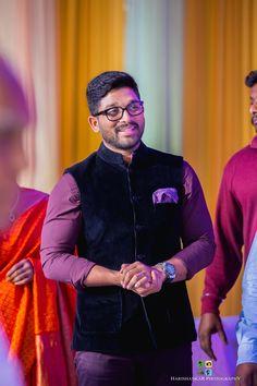 A Telugu Wedding Bestowed By The Best Of Tollywood Celebrities Cute Couple Poses, Couple Posing, Cute Couples, Couple Photos, Romantic Couple Images, Couples Images, Allu Arjun Hairstyle, Dj Movie, Allu Arjun Wallpapers