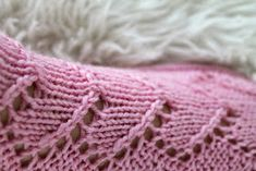 Ravelry: Maariat pattern by Niina Laitinen Ravelry, Knitted Hats, Diy And Crafts, Knitting Patterns, Free, Socks, Knits, Knit Patterns, Sock
