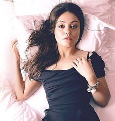 Mila Kunis A sleeping beauty! Mila photoshoot for Madame Figaro ( Paris, France / March 2012 ) shared to groups Mila Kunis Hair, Mila Kunis Pics, Hot Actresses, Beautiful Actresses, Mila Kunas, Mila Kunis Ashton Kutcher, Jennifer Aniston Style, Gal Gadot, Celebrity Crush