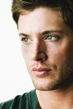 ...can never post enough pictures of Jensen.