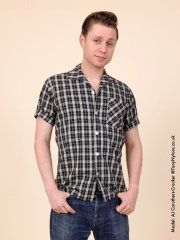 Men's Short-Sleeved Black Check Shirt