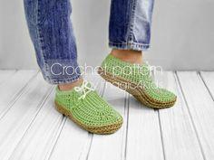 Crochet pattern-women slippers with rope solessoles pattern
