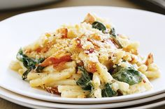 Bacon and spinach macaroni cheese