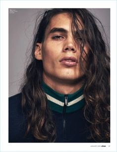 Attitude magazine spotlights winter layering with its January 2018 issue. Models Rafael Perez and Vito Basso star in a fashion editorial photographed by Ma Mode Masculine, Editorial Hair, Editorial Fashion, Male Editorial, Beautiful Men Faces, Beautiful People, Vito Basso, Long Layered Cuts, Male Fashion Trends
