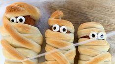 Foto: Marit Hegle Hot Dog Buns, Hot Dogs, Halloween, Risotto, Bread, Baking, Recipes, Patisserie, Bakken