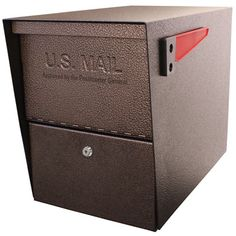 The Mail Boss Package Master is the ultimate security package mailbox for receiving small parcels and securely storing weeks of mail. This USPS Approved extra-large capacity security mailbox features Wall Mount Mailbox, Mounted Mailbox, Package Mailbox, Mail Boss, Security Mailbox, Mailbox Landscaping, Landscaping Tips, Architectural Mailboxes, Galvanized Steel