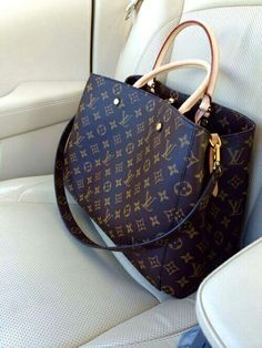 Handbags   Wallets - bag, fashion, and Louis Vuitton image Clothing, Shoes    Jewelry - Women - Shoes - women s shoes - - How should we combine handbags  and ... dcb053f9b9