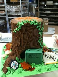 Geocaching Cake - I hope Mike makes me one of these for my birthday next year :-)