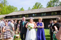 Beautiful outdoor ceremony at Happy Days Lodge.  Photo: Delumpa Photography