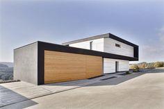 + Arquitetura :     Casa projetada por Daniel Stauch e localizada em Haiterbach (Alemanha).