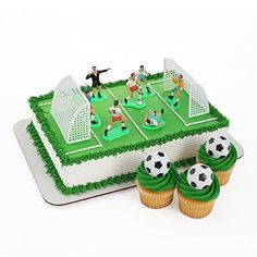 Soccer Cake, Soccer Theme, Football Birthday Cake, Diy Birthday, Bakery Crafts, Cake Stencil, Diy Crafts For Gifts, Cakes For Boys, Themed Cakes