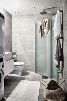 Compact attic apartment provides stylish refuge in Sweden Bathroom Staging, Master Bathroom, Modern Bedroom Design, Contemporary Bedroom, Apartment Showcase, Duravit, Old Stone Houses, Attic Apartment, Scandinavian Home