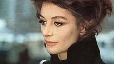 Anouk Aimée in Sidney Lumens «The Appointment» (1969) mit Omar Sharif.