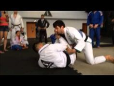 Passagem de guarda matando o quadril   Aprenda Jiu Jitsu