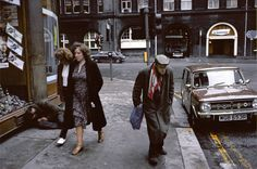 In French photojournalist Raymond Depardon was commissioned by the Sunday Times to travel to Glasgow for a feature on Europe's overlo. Scotland History, Glasgow Scotland, Magnum Photos, Vintage Photography, Street Photography, Men Are Men, Glasgow School Of Art, French Photographers, Lucky Star