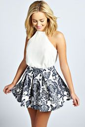 Mila Box Pleat Skater Skirt from boohoo. Shop more products from boohoo on Wanelo. Cute Summer Outfits, Pretty Outfits, Stylish Outfits, Cute Outfits, Anime Outfits, Holiday Outfits, Girl Fashion, Fashion Outfits, Travel Fashion